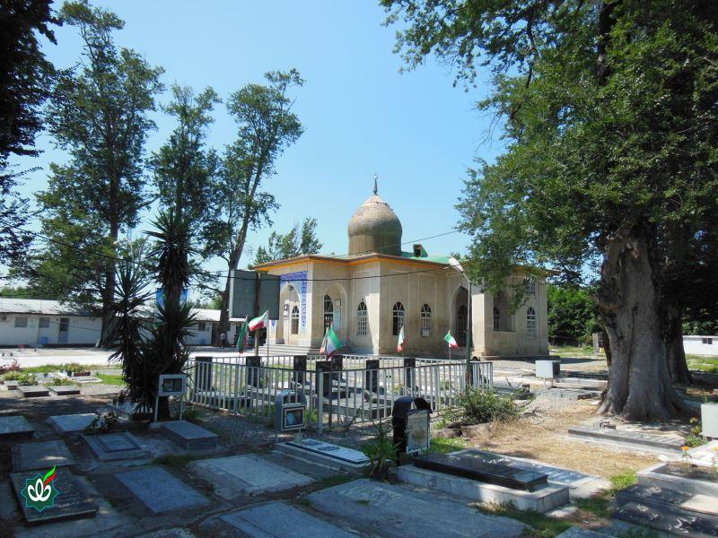 گلزار شهدای آقا سید شرف الدین علیه اسلام دارسرا رضوانشهر
